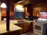 chalet kitchen 2